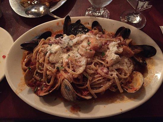 Giacomo's Restaurant: photo0.jpg