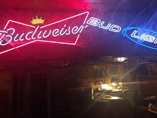 Merrill, WI: DAT Bar