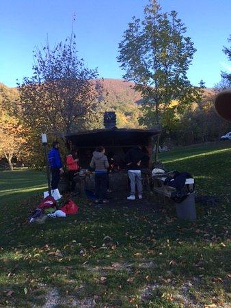 Barbecue a disposizione su prenotazione - Foto di Lago Lungo, Bagno ...