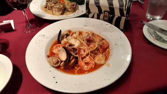 La Tavola Ristorante Italiano : Seafood pasta