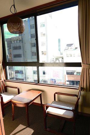 Kaneyoshi Ryokan : Sitting room with a view!