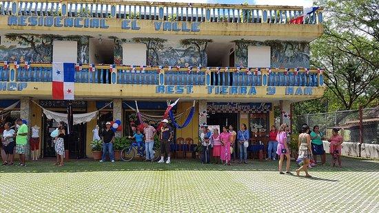 Hotel Residencial El Valle: Fiestas patrias en el valle