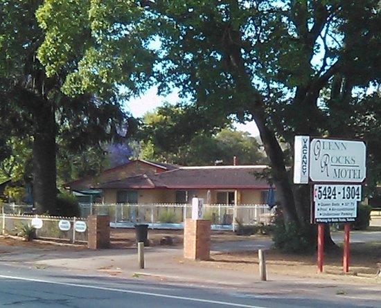 Glenn Rock Motel