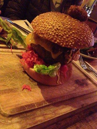 Muy buenas hamburguesas