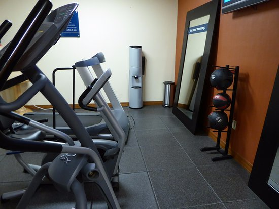 Hampton Inn Taos: Fitness Center