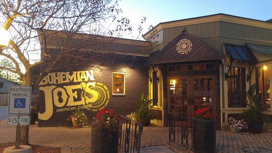 Lansing, IL: Bohemian Joe's