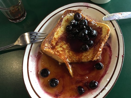 Mazomanie, WI: Outstanding French Toast, never eat something like that