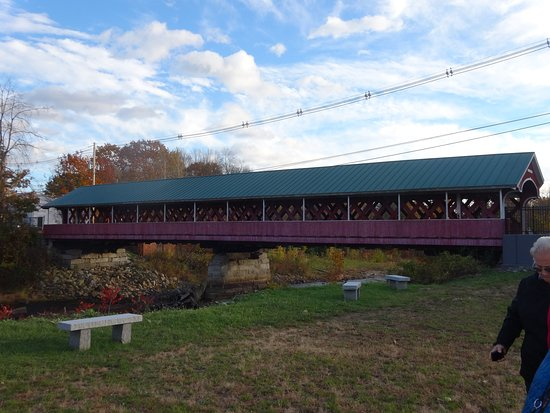 West Swanzey, NH: view of the bridge from the parking area
