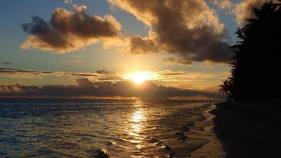เกาะ Titikaveka ภาพถ่าย