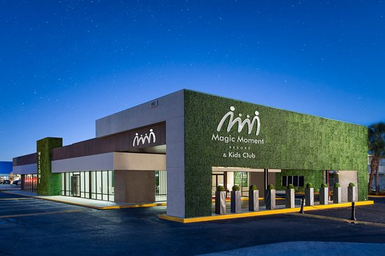 Exterior Night Picture Of Magic Moment Resort And Kids Club Kissimmee Tripadvisor
