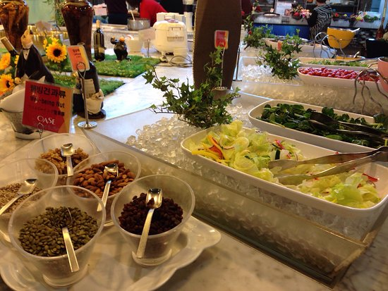 Oase seafood buffet busan restaurant reviews phone for Fish buffet near me