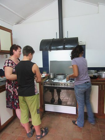 Clove Garden Kandy City: Cooking lesson