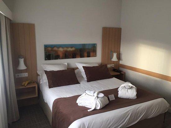 Vue de la chambre photo de riva bella hotel ouistreham - Chambre d hotes ouistreham riva bella ...