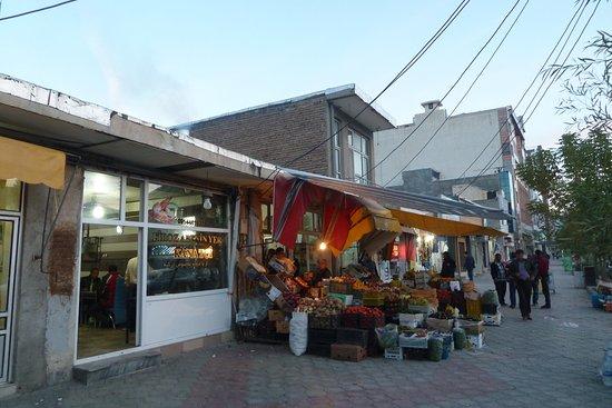 Bazargan, Iran: Zur Selbstverpflegung gibt es Möglichkeiten