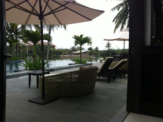 Hoi An Beach Resort: Lovely rooms and swimming pools. Very clean and good service. Beach not accessible since a typho