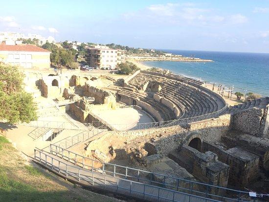 Amfiteatre: Anfiteatro