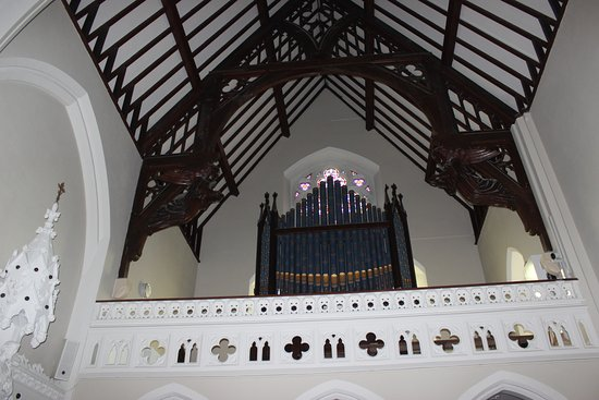 Holy Cross Church: coro