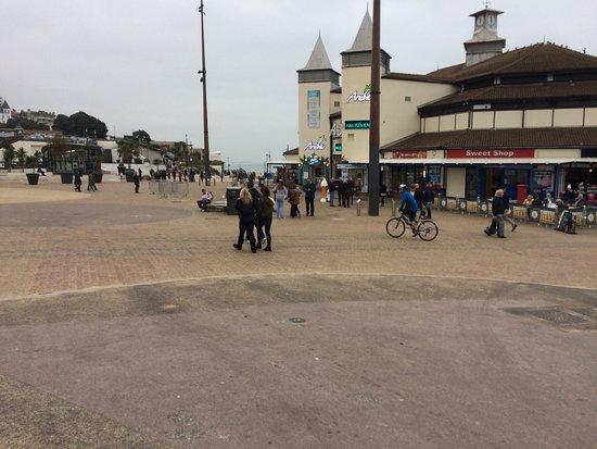 Ullswater Hotel: Bournemouth promenade