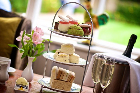 Deans Place, Country Hotel and Restaurant: Sparkling Afternoon Tea
