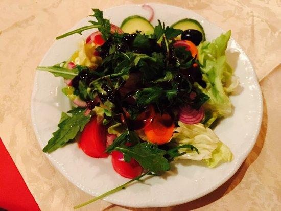 Ristorante Carpaccio: Insalata Mista - Artischocken, Oliven, Peperoni, Tomaten, Gurken, Paprika
