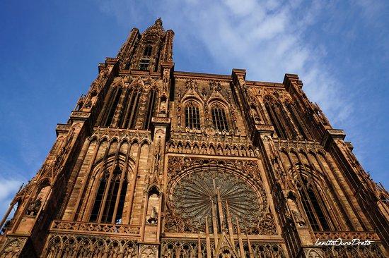 Domkirken Notre Dame de Strasbourg: Belíssima arquitetura gótica