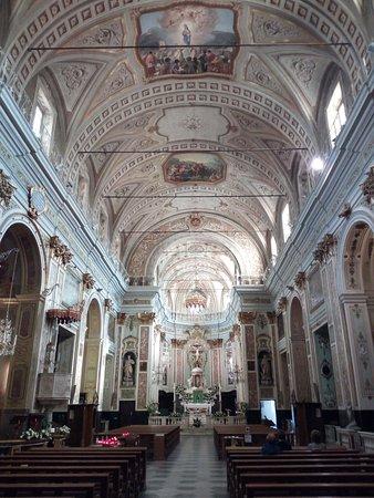 Santuario della Madonna Miracolosa : L'interno