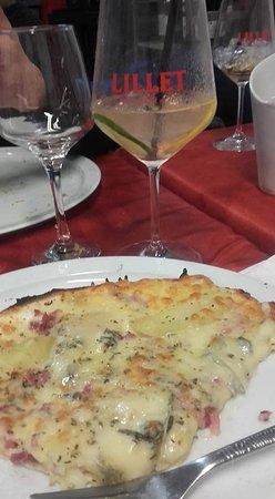 Estissac, Francja: Pizza Piemonté enfin, ce qu'il en reste ... Miam