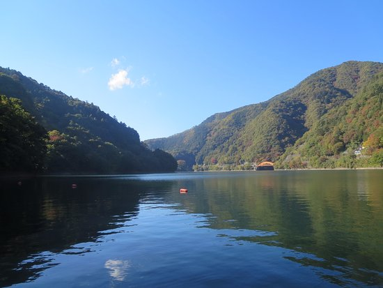 ทะเลสาบ โอคุทามะ