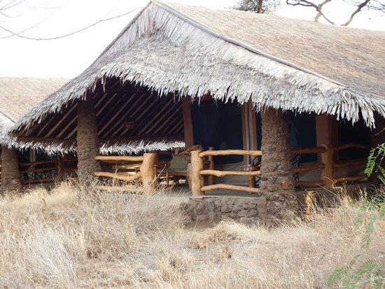 Kibo Safari Camp: picture doesn't do it justice....