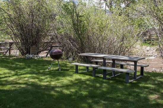 Dubois, WY: Great Picnic Area on the Horse Creek