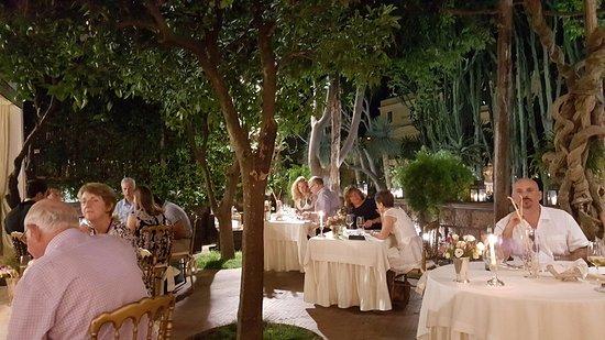 sofisticado e agradável - Picture of Terrazza Marziale, Sorrento ...
