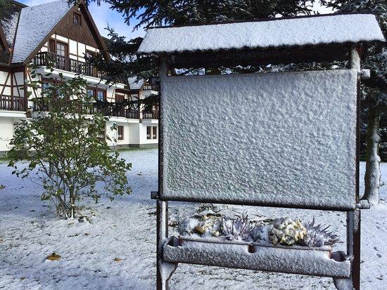 Sayda, Duitsland: Der erste Schnee im Winter 2016/17