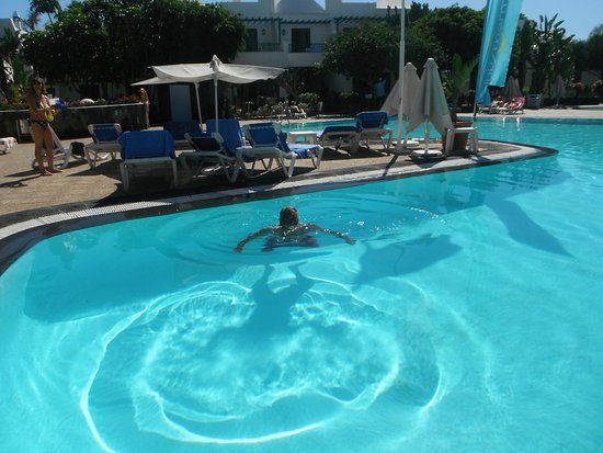 Photo de thb royal playa blanca tripadvisor for Piscine bois canaries