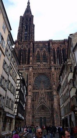 Domkirken Notre Dame de Strasbourg: Cathédrale de face