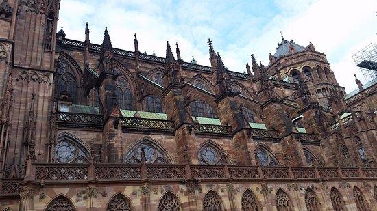 Domkirken Notre Dame de Strasbourg: Cathédrale de côté