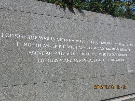 Uma Das Frases изображение Martin Luther King Jr