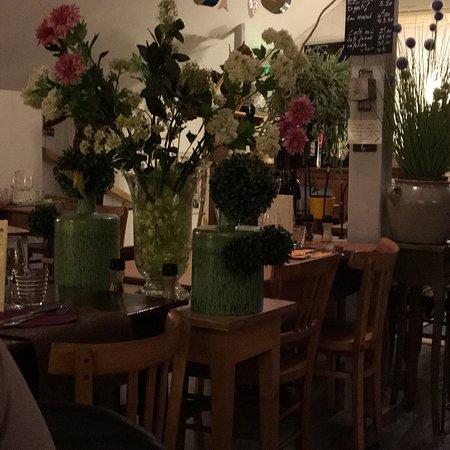 Les pieds sous la table viuz en sallaz restaurant avis - Restaurant les pieds sous la table ...