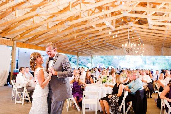 Nesselrod Bed and Breakfast: Pavilion - September 2016 Wedding