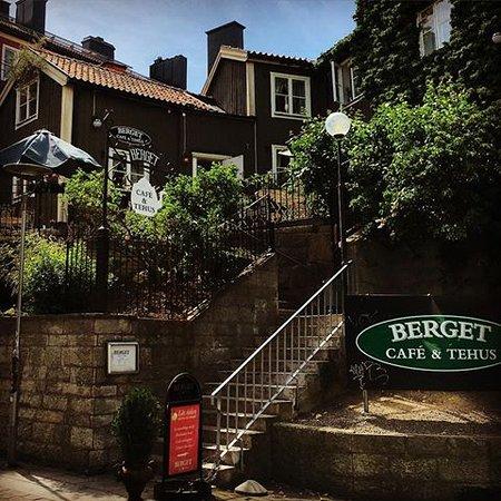 Berget Cafe & Tehus : Högt uppe på berget