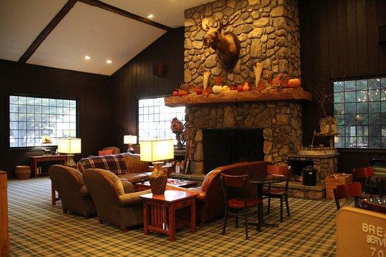 Green Granite Inn u0026 Conference Center: Reception area