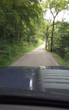 Buckhorn, KY : The road we took, KY2022 - 11 miles of single land-Don't Take This Road!!