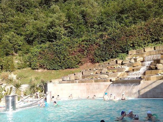 Magnifica cascata termale - Foto di Ròseo Euroterme, Bagno di ...