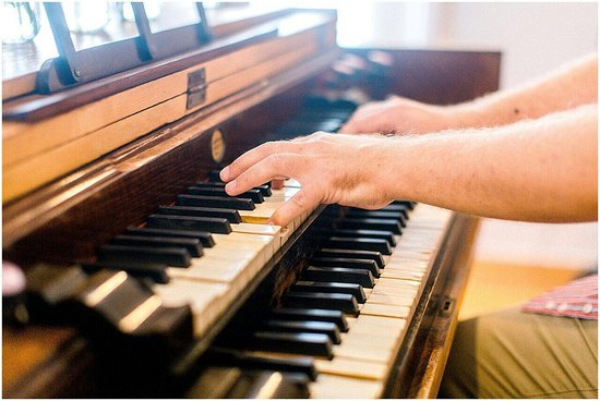 Sunland, South Africa: The historical Lauterbach Organ