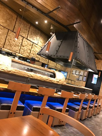 Yuba Restaurant: Bar seats