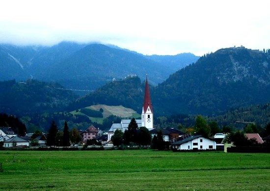 Evangelische Dreieinigkeitskirche: вид со стороны Muehl