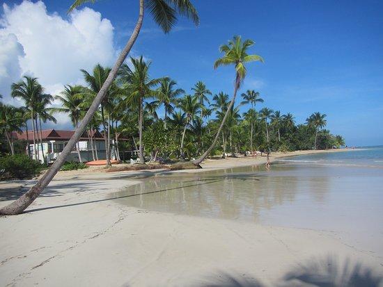 Grand Bahia Principe El Portillo: Du sable a perte de vue . ideal pour les longues marches