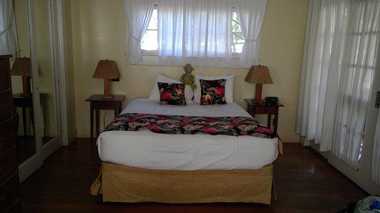 cottage us com image waimea booking hi this plantation property hotel gallery cottages aston of