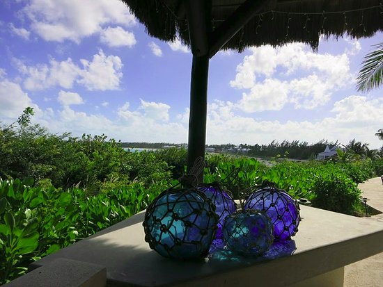 Grand Isle Resort & Spa: View from palapa hut