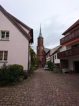Dilsberg: strolling around town