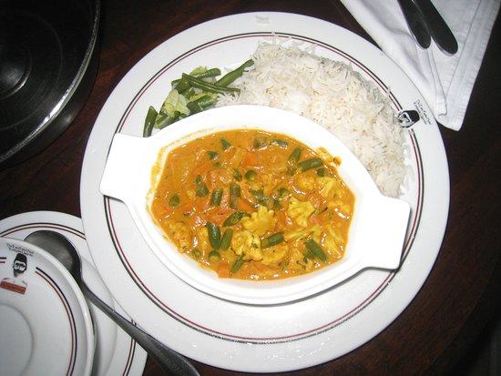 Emin Pasha Hotel: room service : curry végétarien